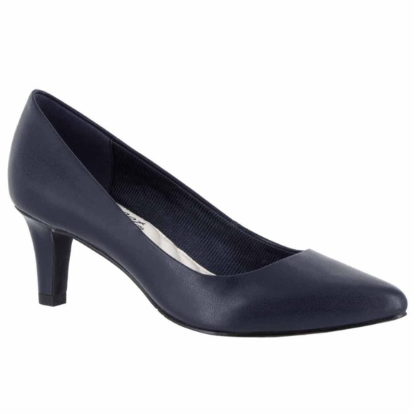 f61ac0b5d52 Easy Street Pointe Navy Blue Pumps Sizes 5.5 7.5 9